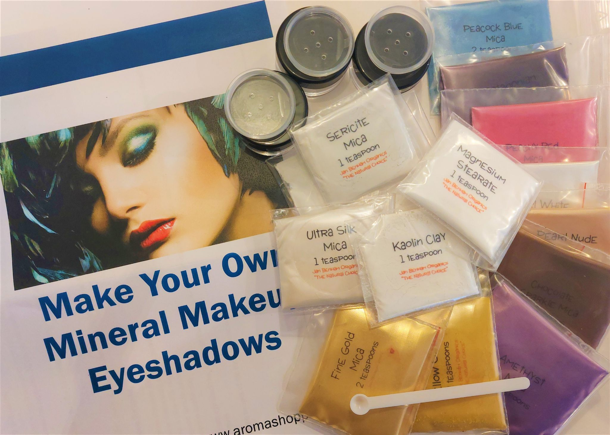 Mak your own cosmetics lipstick making kit how to make for Craft kit for adults